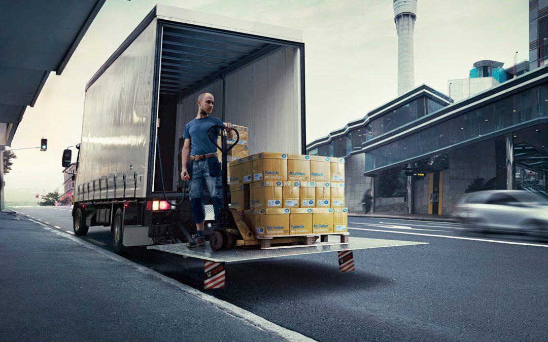 Ventajas de contar con una trampilla elevadora en tu camión