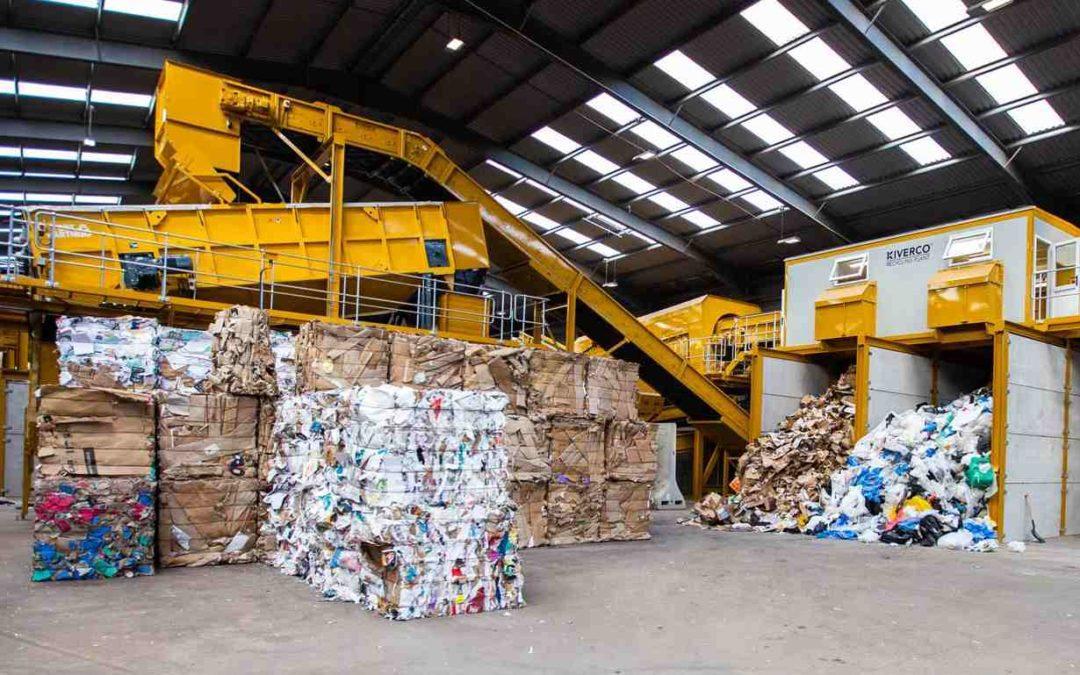 Tipos de residuos industriales peligrosos y no peligrosos